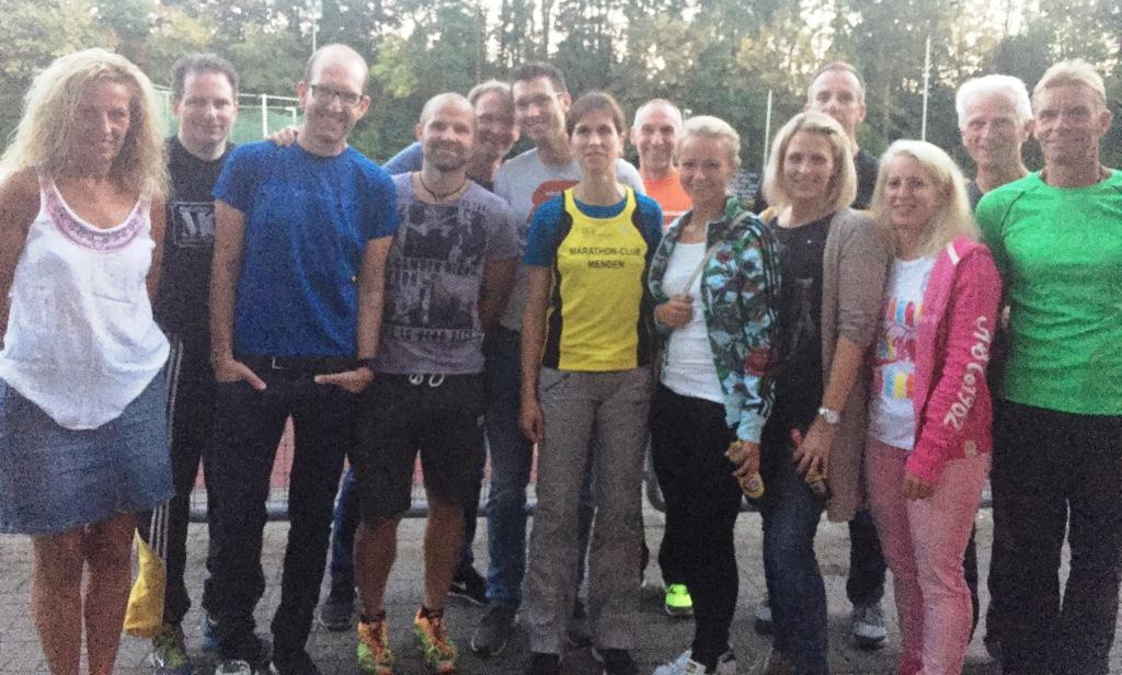 Anja Quincke inmitten ihrer Trainingspartener !
